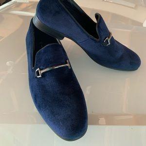 Men's INC smoking slipper shoes.